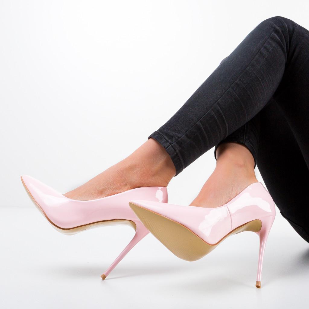Pantofi Telio Roz