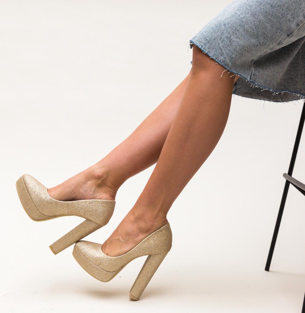Pantofi Shona Aurii